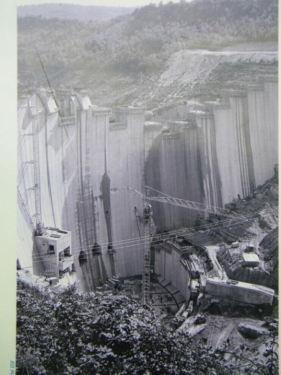 101_1883